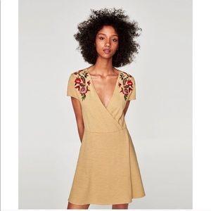 ✨NWT✨ Zara embroidered mini dress